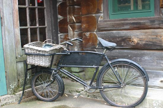 vintage-bike.jpeg