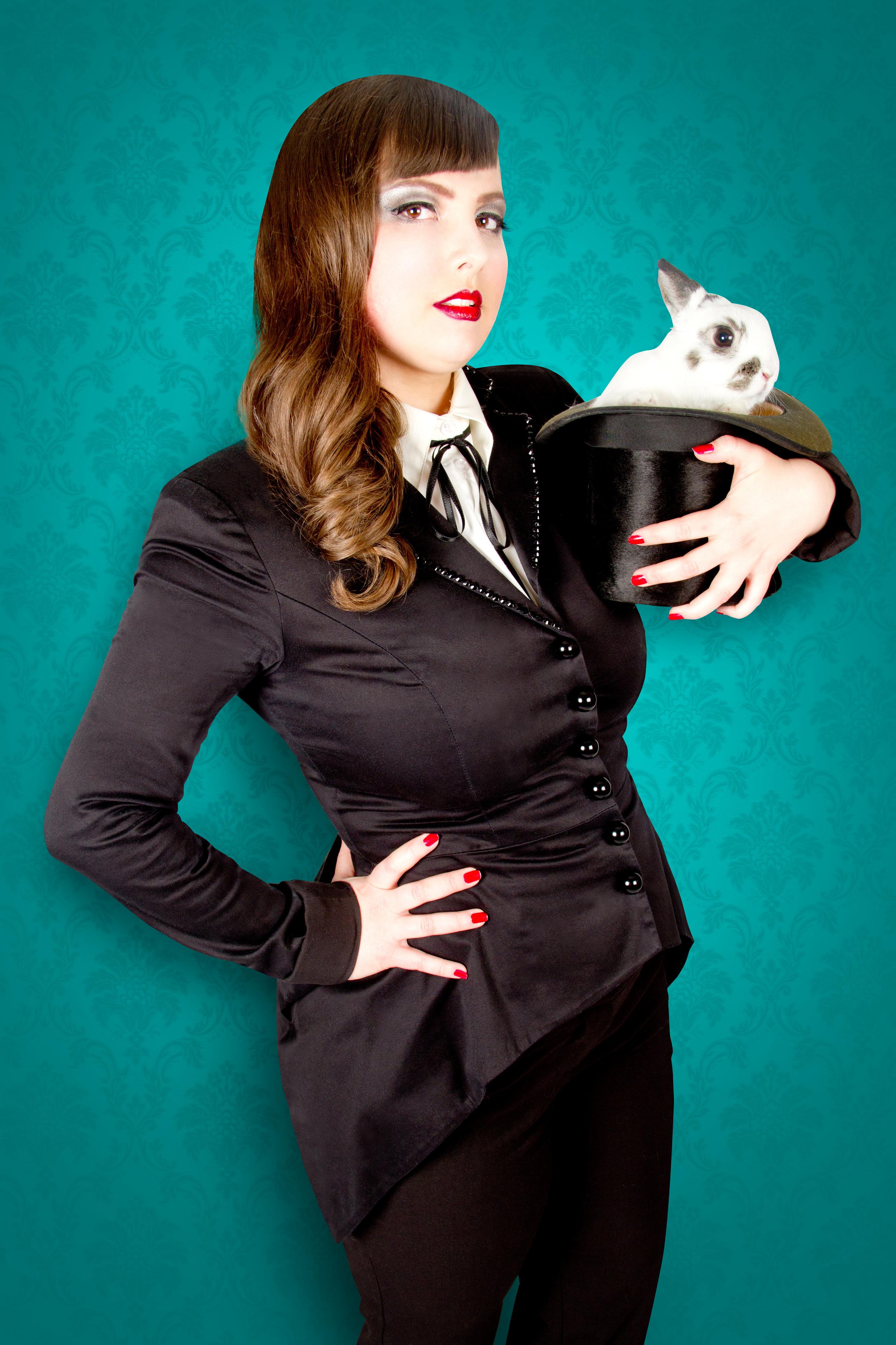 Lulu les Belles Mirettes de la troupe Cabaret Capone, Photo parFrank Lam