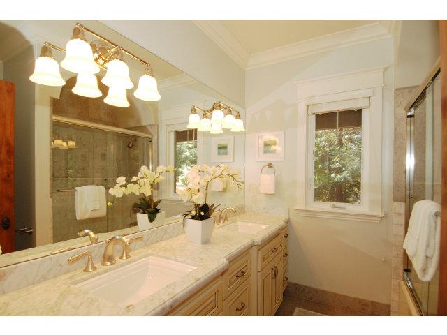 Second-master-bathroom.jpg