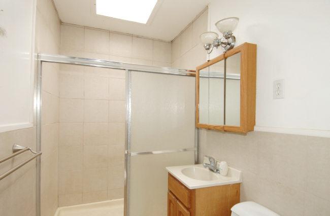 Bathroom-I.jpg