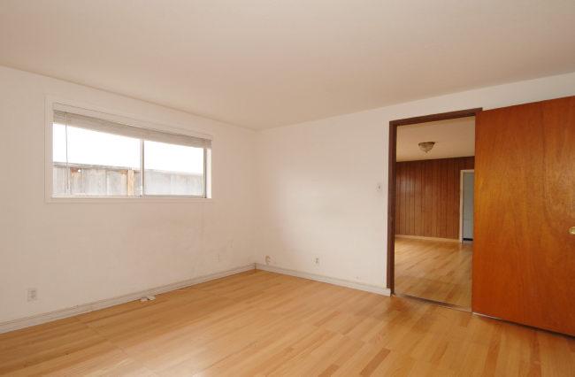 Bedroom-II.jpg