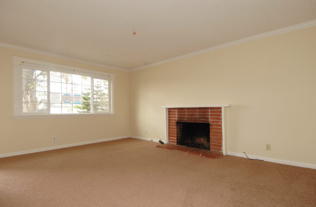 Living-room-with-fireplace.jpg