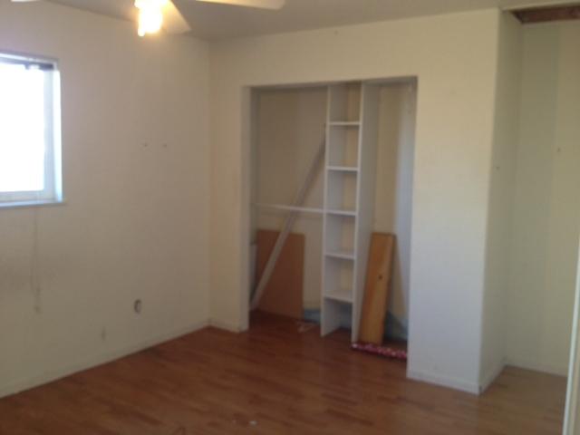 Apartment-bedroom.jpg