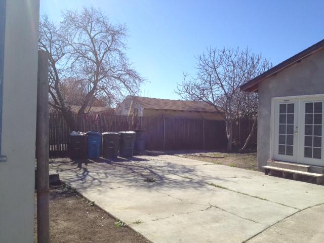 Backyard-view-2.jpg