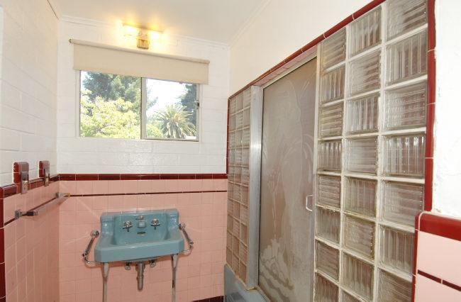 bathroom-21.jpg
