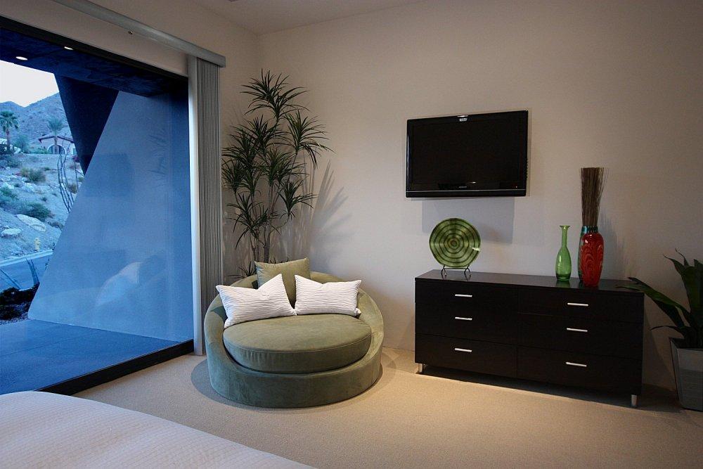20-bed2 - retreat.jpg