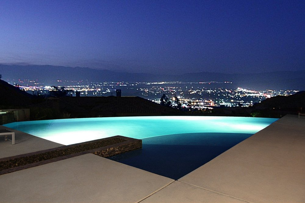 23-view from pool.jpg