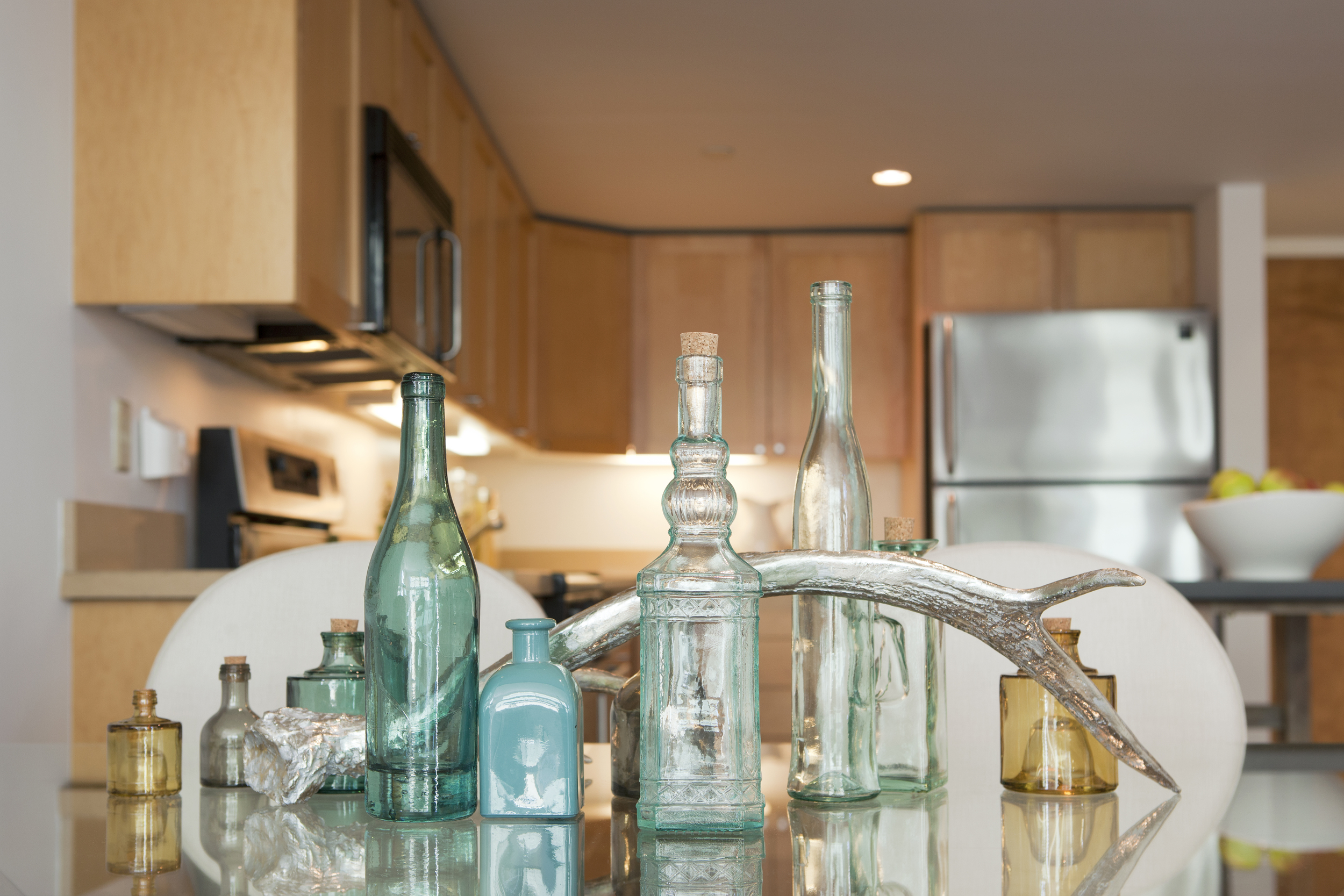 KitchenTableDetail.jpg