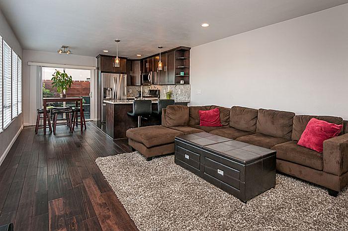 livingroomanddiningroom_700.jpg