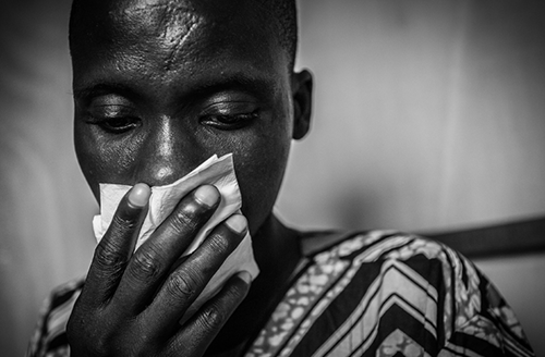 Matthieu Zellweger received an  Honourable Mention in this year's PROOF Photojournalist Award for his  series of photographs that show the reality of asthma in Cotonou and  Porto-Novo (Benin).