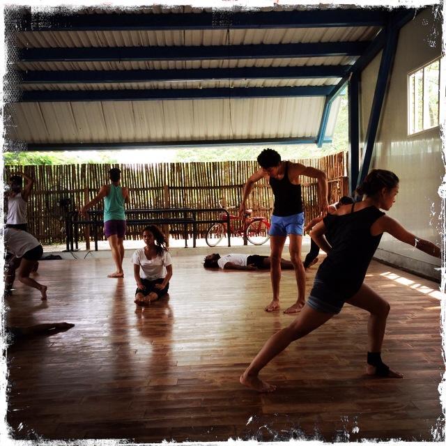 The Alvaro dance troupe in Cartagena. Photo: Leora Kahn.