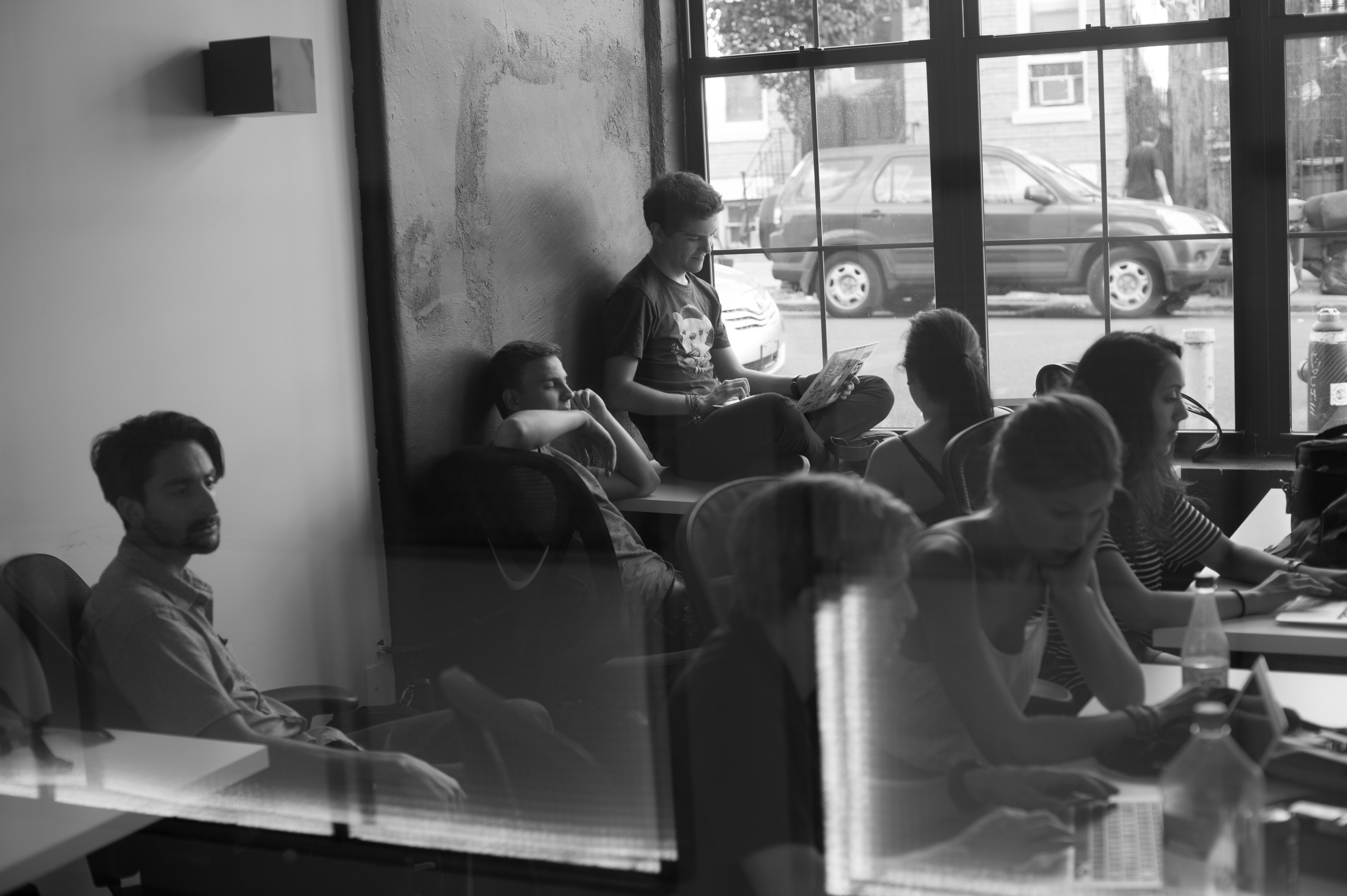 Students developing their photography skills with Michael Kirby Smith at Brooklyn Desks in Bushwick. Photos: Nicolas Enriquez