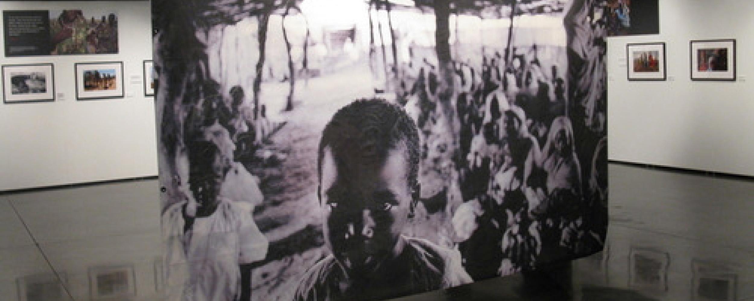 Darfur_Illonois_holocaust_museum_03.jpg