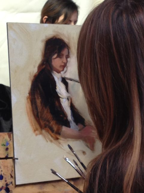 Artist Michelle Dunaway during a figure demo