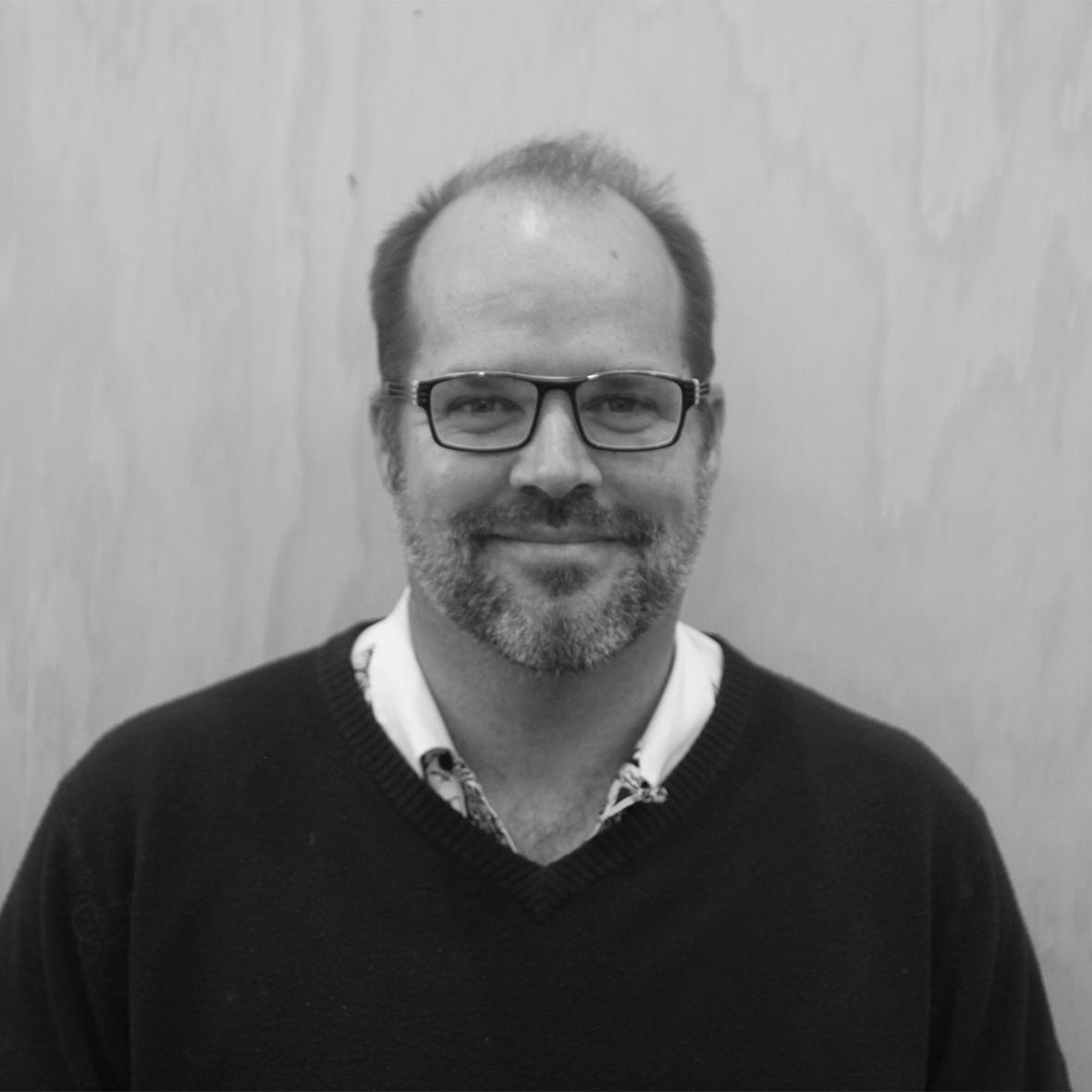 + Steven Postmus    Director / Lead Landscape Designer / Architect