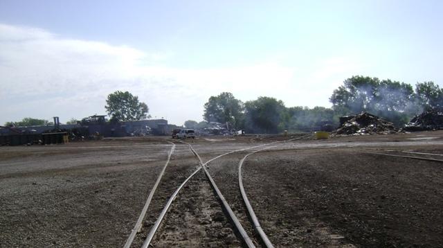 Behr - Peoria, Railroad Spur 052411 009.jpg