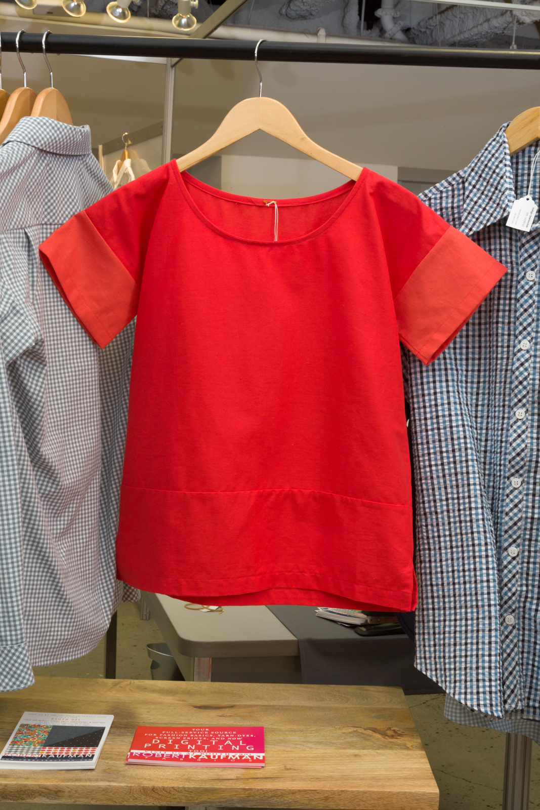 Boxy Tee   by   Purl Soho ,  made by   Liz Hanson,   featuring   Essex Linen.