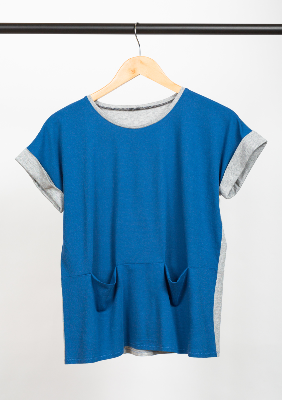 BENTO TEE  , DESIGNED BY   LIESL & CO,    MADE BY   CHRISTINE HAYNES ,  FEATURING   DANA COTTON/MODAL KNIT