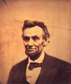 Abraham Lincoln  -  Alexander Gardner, 1865/Albumen silver print/National Portrait Gallery, Smithsonian Institution