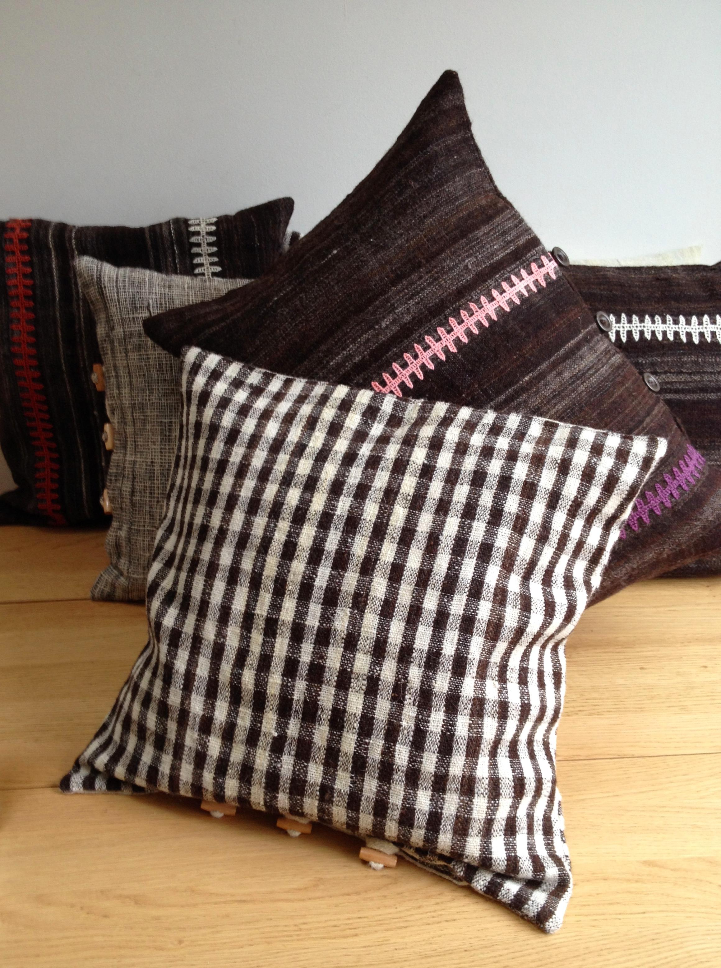 StitchByStitch_Desi_cushions_checks
