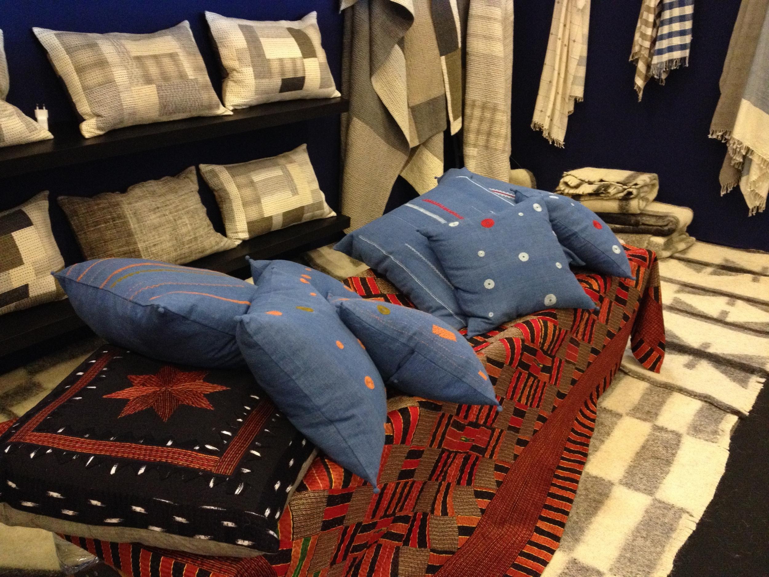 M&O915_indigo_cushions.jpg