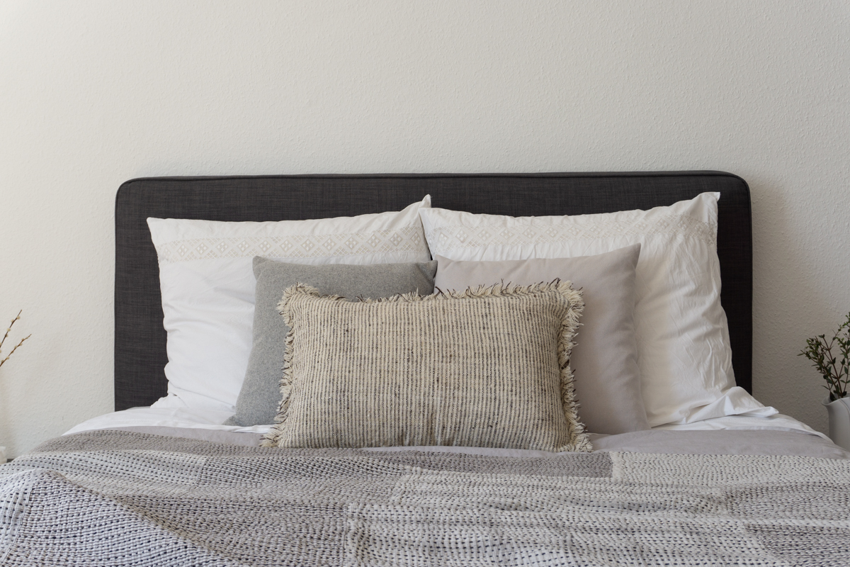 stitch-by-stitch-sustainable-ethical-organic-bedding-textiles-interior-design-bedroom-rg-daily-blog-1-2.jpg