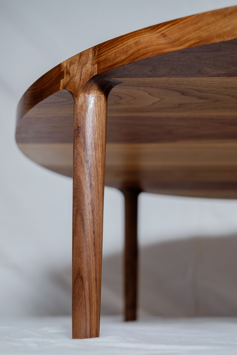 Round Coffee Table Leg Detail