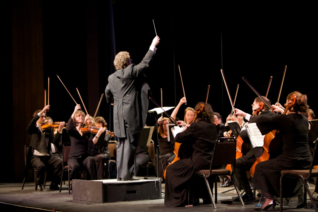 Lions Gate Sinfonia in concert, spring 2009