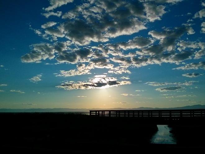 SunsetSurLeFleuve