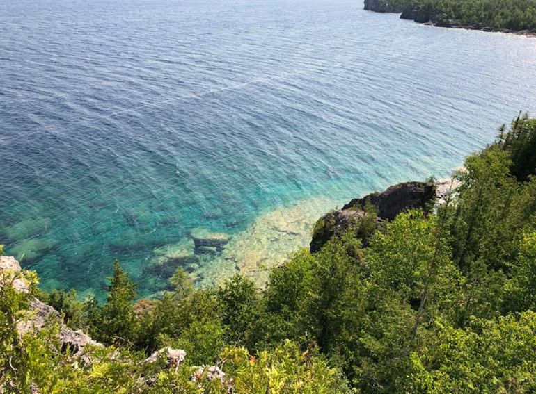 Bruce Peninsula National Park , Tobermory, Ontario. The water, the views, the trails... GAH! Gorgeous.