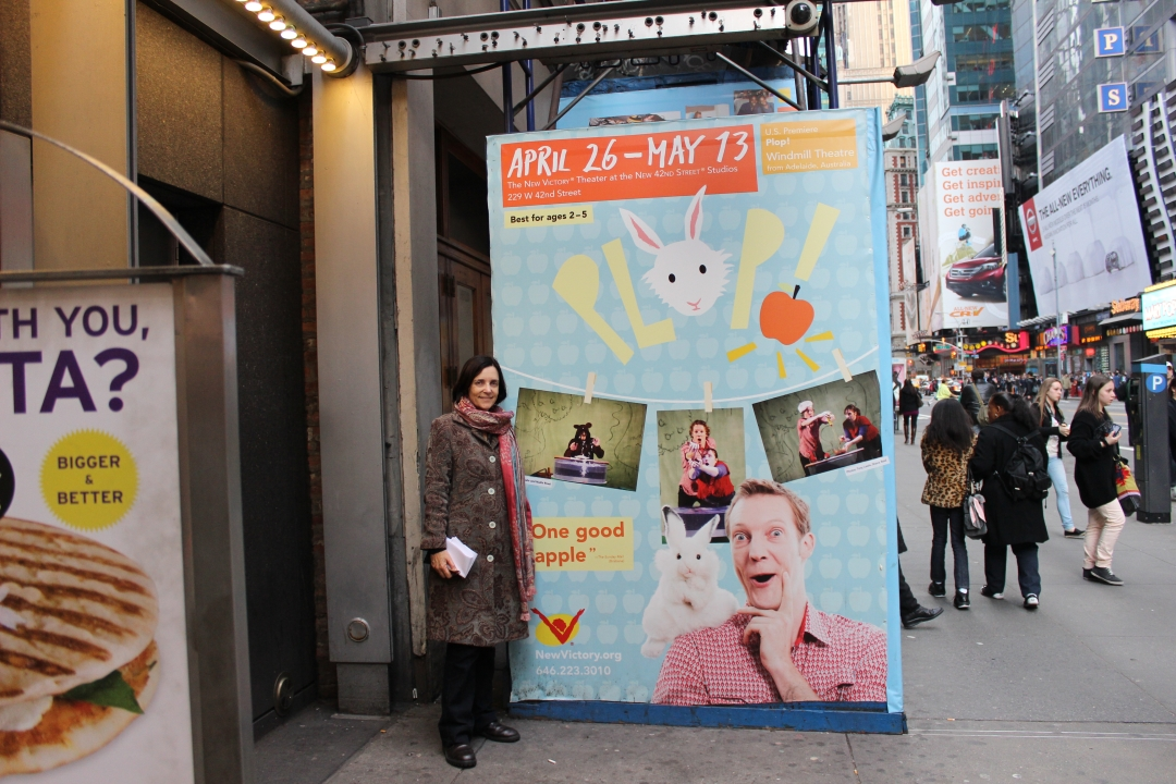 'PLOP! ' AT THE  NEW VICTORY THEATER , 42ND STREET, NEW YORK 2012.