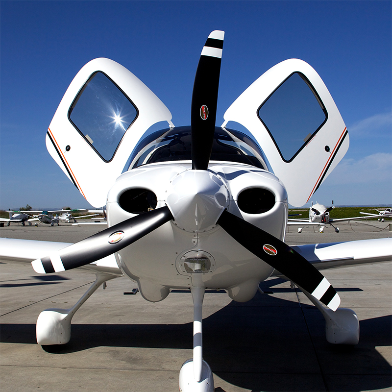 Cirrus-sr20-jato-aviation