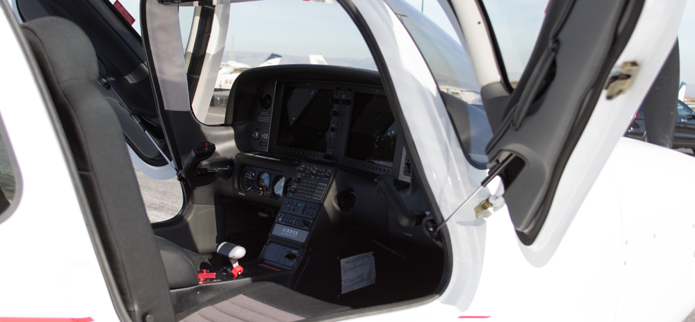 N520YZ-door-open.jpg