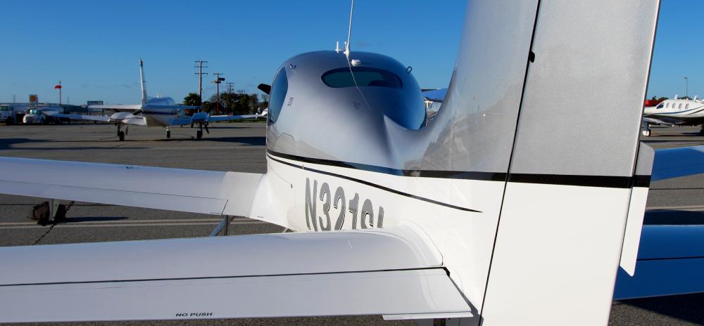 N321SL-Tail.jpg