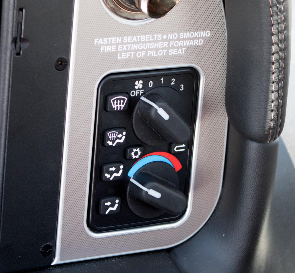 N241LM-air-condition.jpg