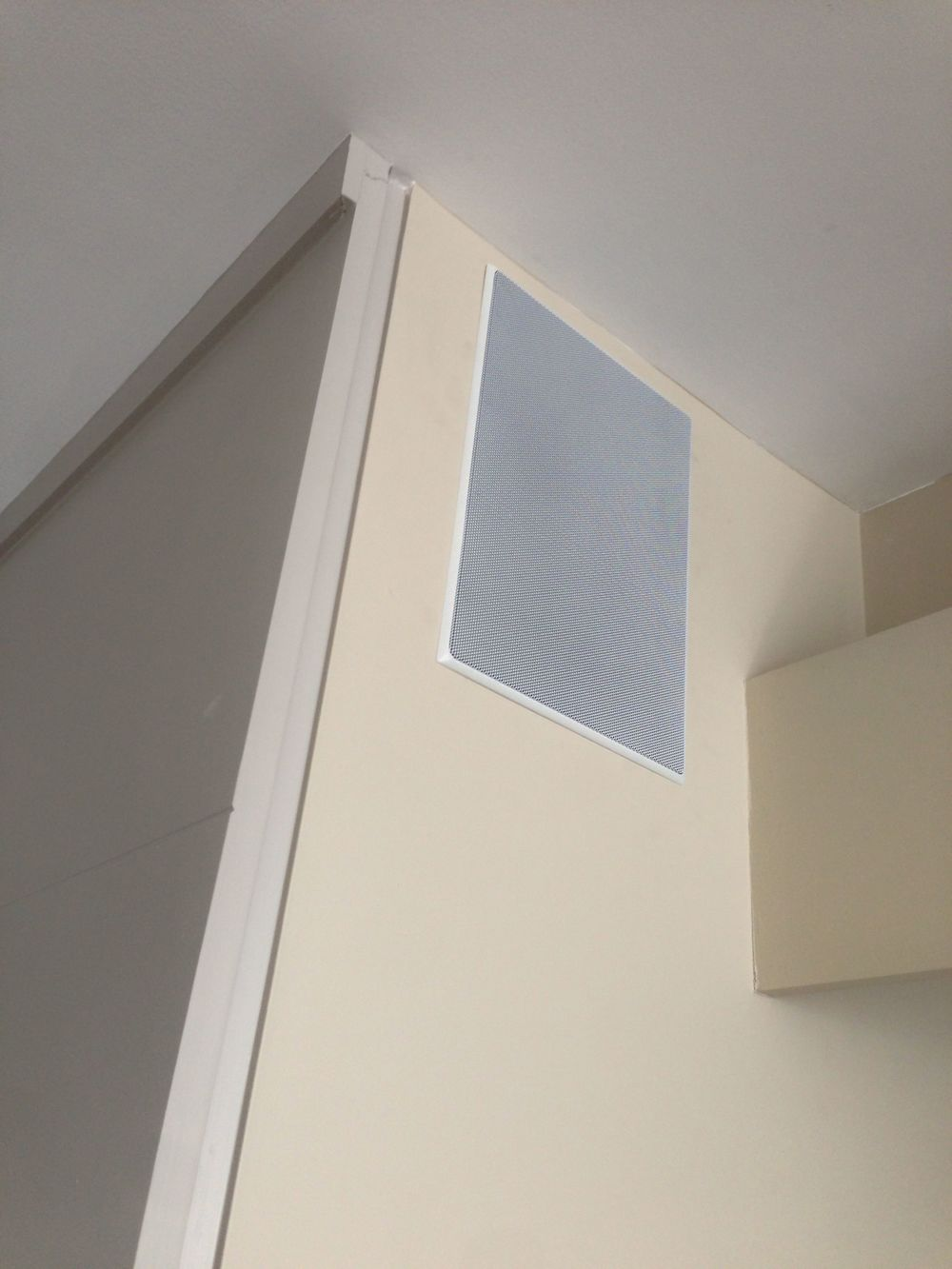 The speakers are high-performance in-wall Sonance speakers.