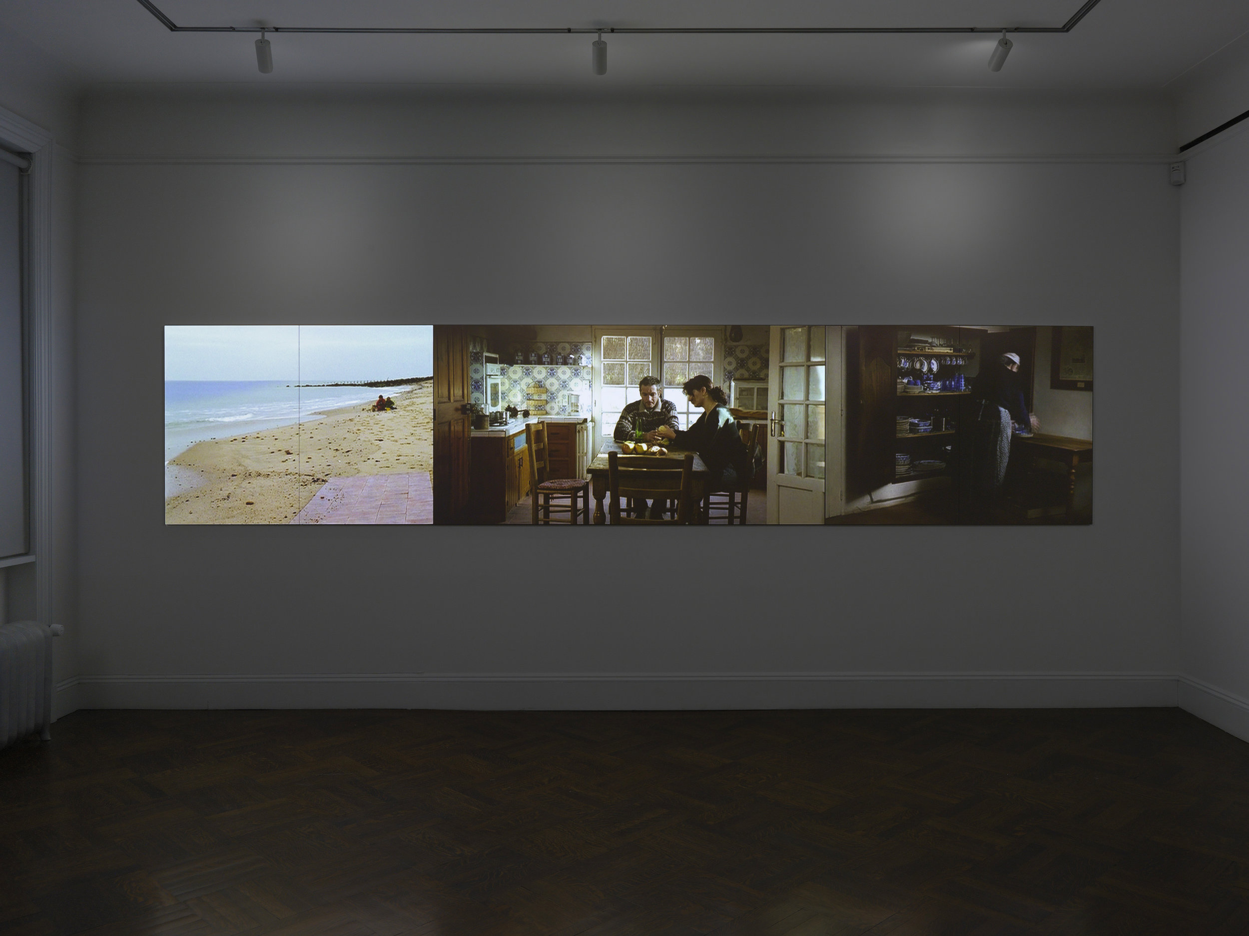 Le Triptyque de Noirmoutier, 2004. The first two editions, at MoMa and The Cartier Foundation, both used pullies to shutter projectors. This new version uses wireless technology and computer playback systems. Agnes Varda, Installation view, 2017 Blum & Poe, New York Photo: Genevieve Hanson Courtesy of the artist and Blum & Poe, Los Angeles/New York/Tokyo