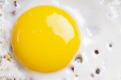 runny-egg-yolk.jpg