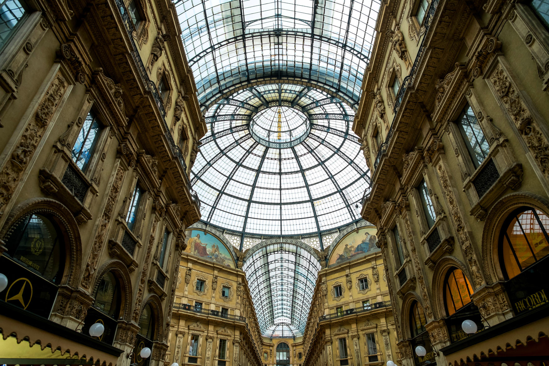 The Galleria Vittorio Emanuele II is the oldest shopping mall in Italy.