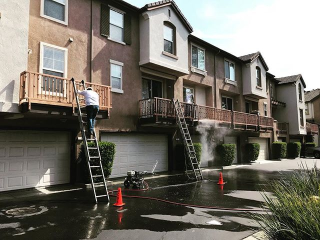 Multiplex deck repair operation underway in this beautiful Home Owners Association. We've been looking forward to starting this job for quite awhile. Now the real fun/work begins.