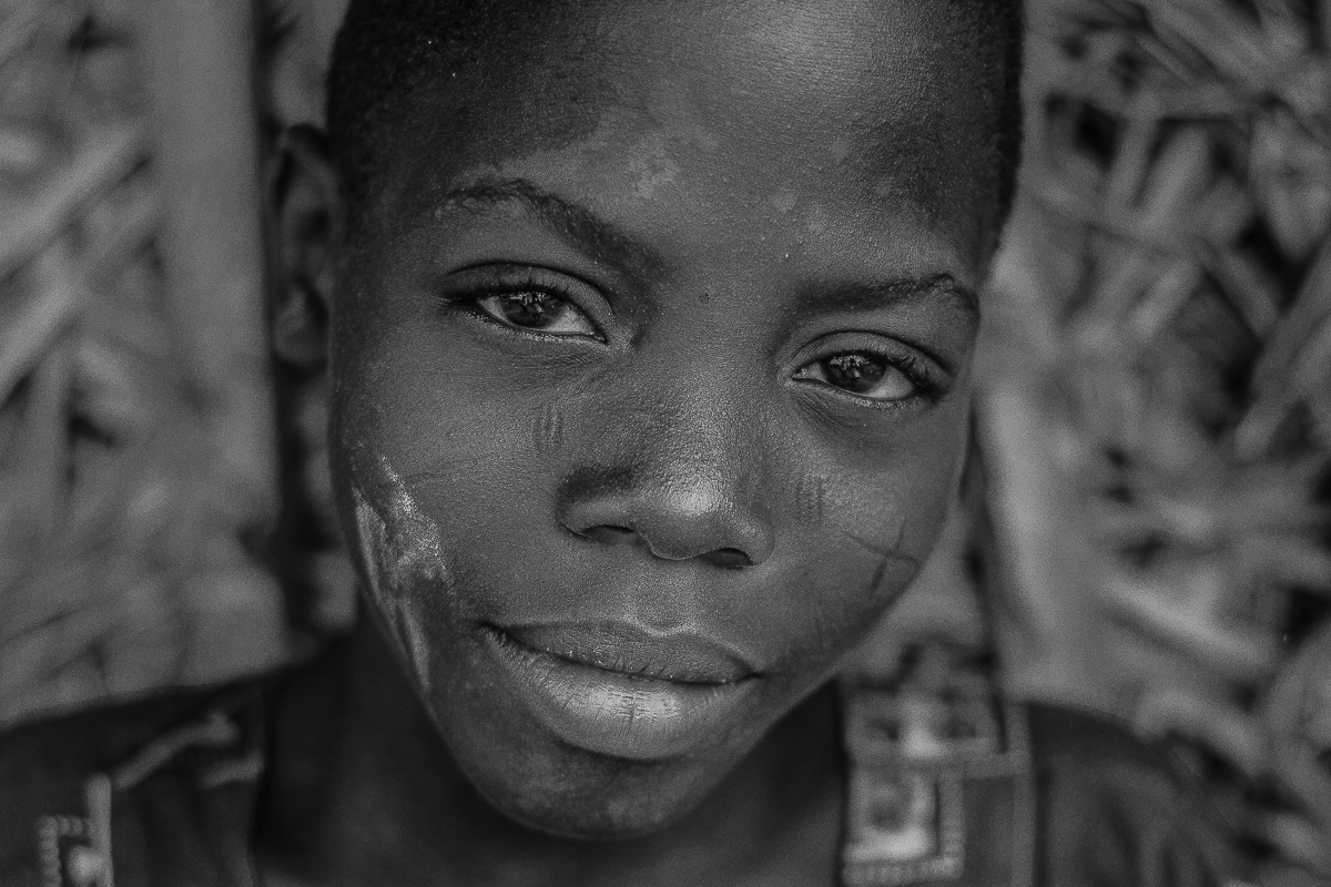 Retrato de un niño holi