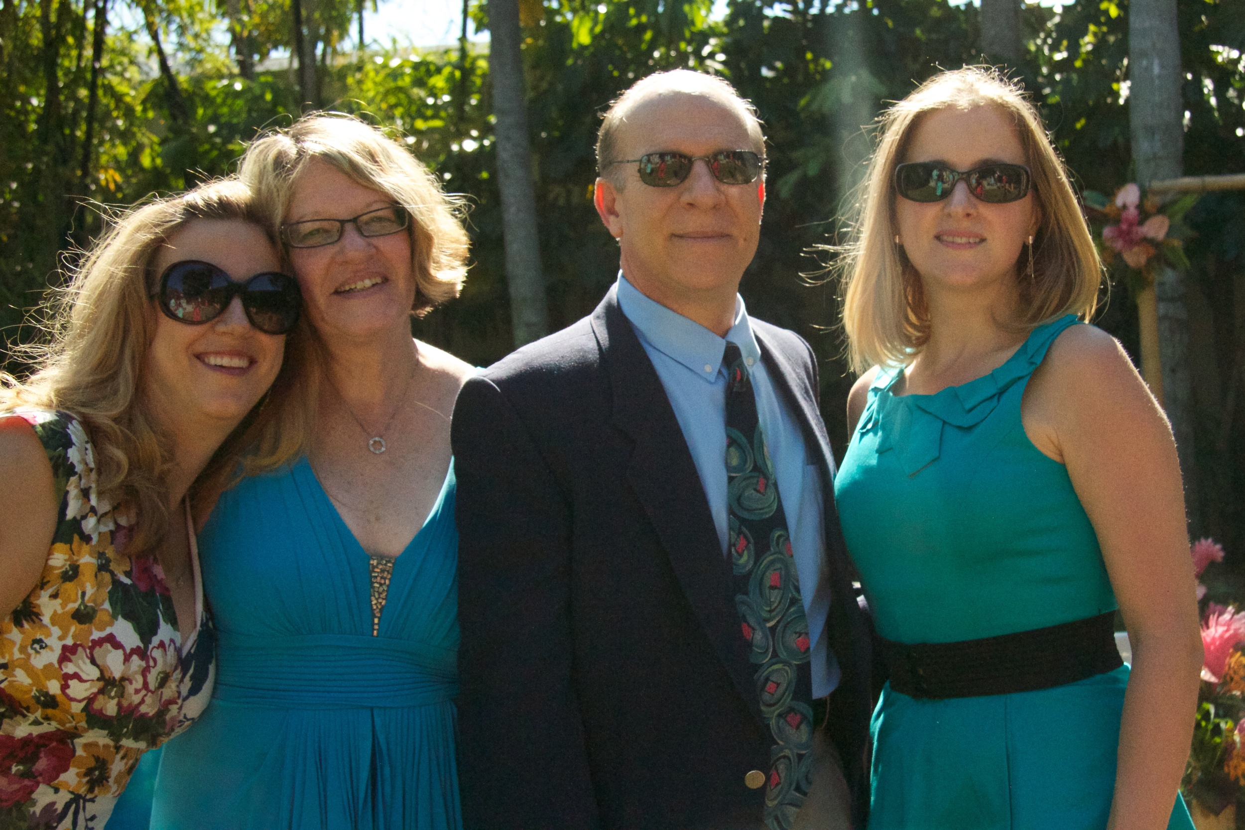 Three of the original stitchy four: L-R Alli, Esther, Esther's husband Eddie and Karen celebrate Lara and Matt in sunny, south Florida.