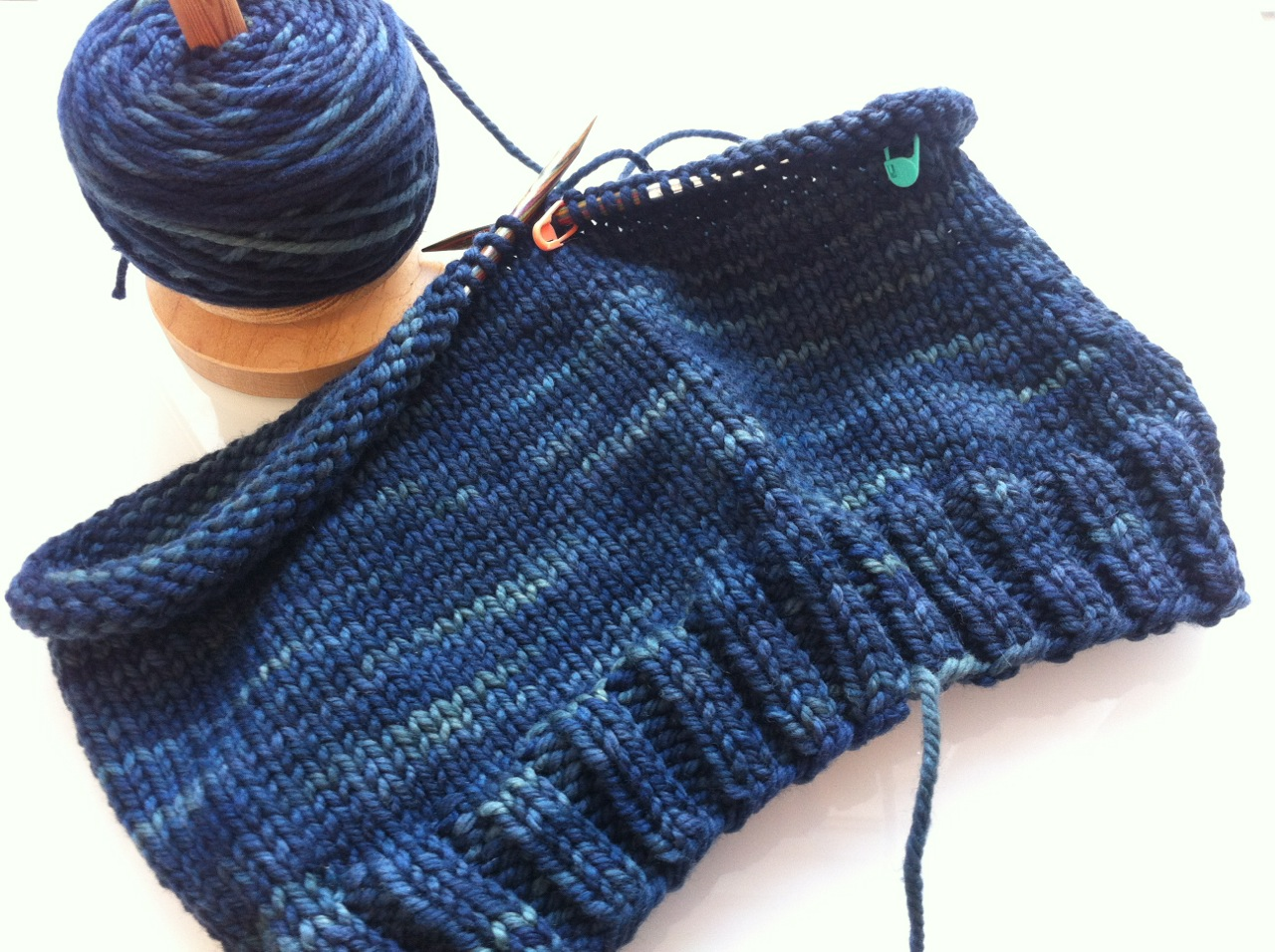 See what I mean about working up fast? That's the second skein already.