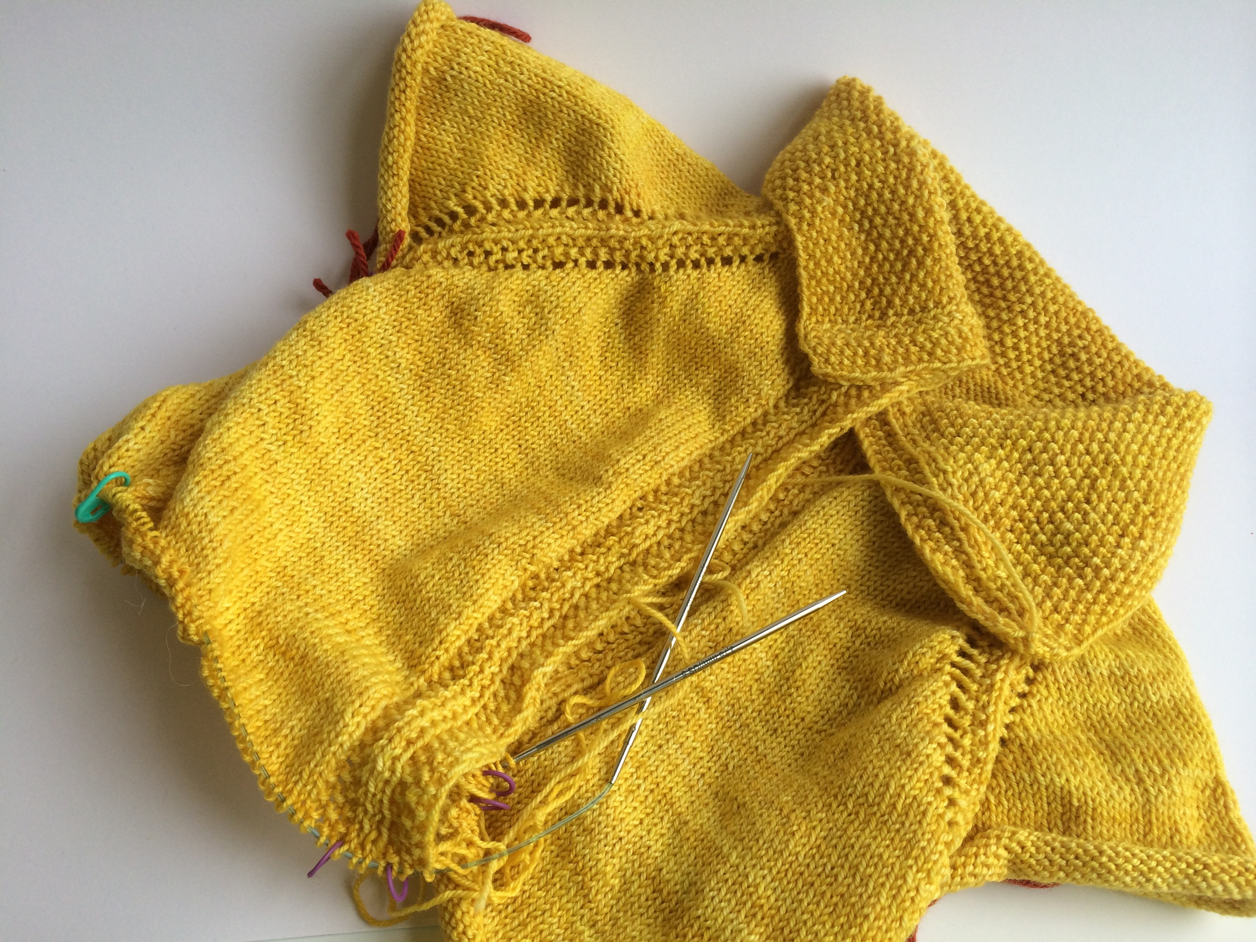 My Vodka Lemonade is coming along! Just finished the decreases for the waist and am knitting merrily away through the body now.