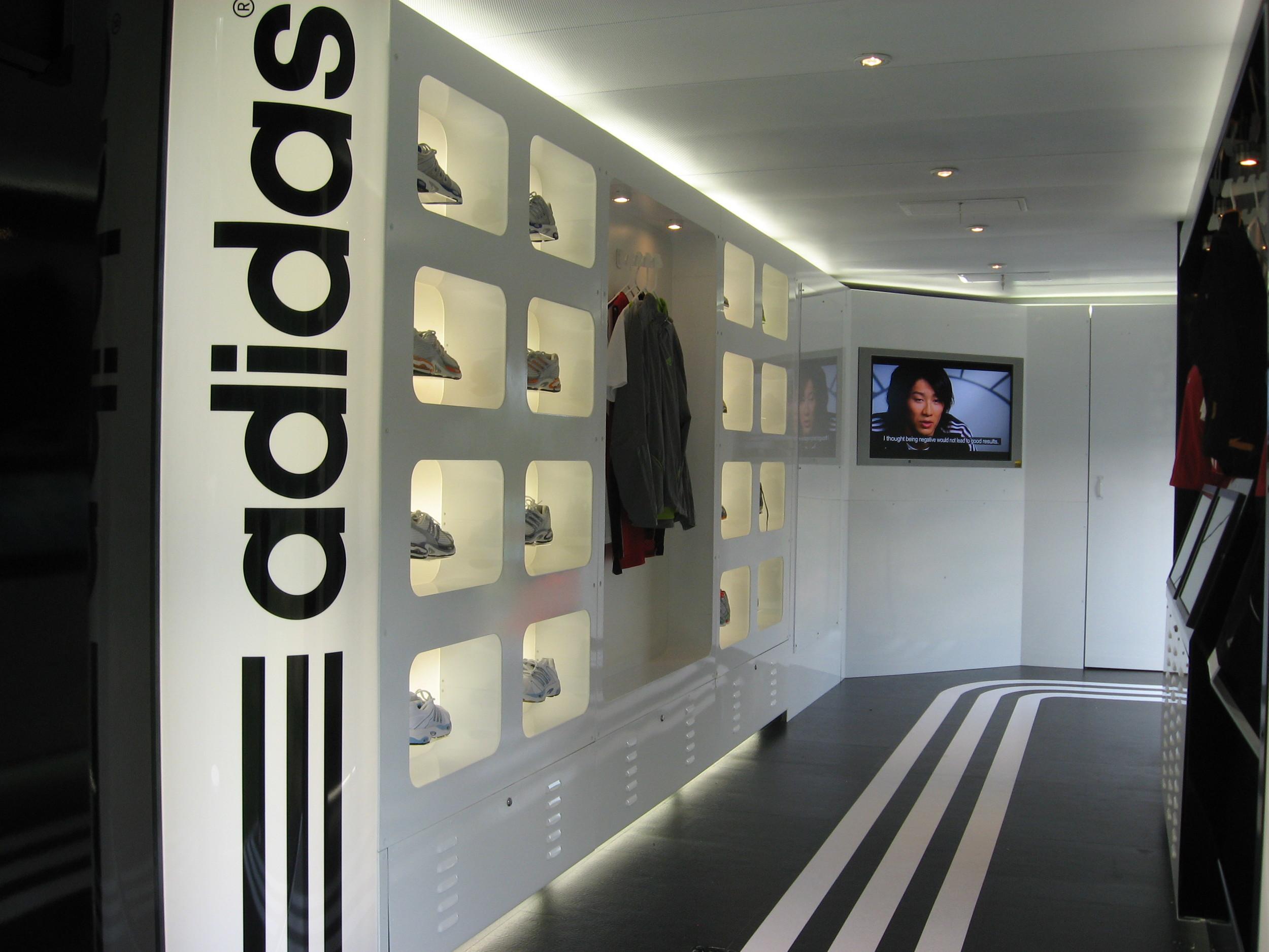 adidas adiZone Interior 2.jpg