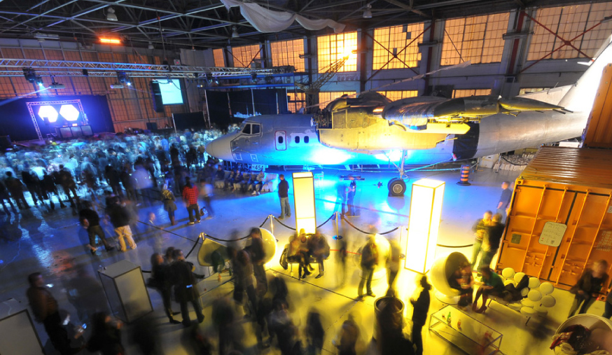 Fido Jet Sessions Hangar.jpg