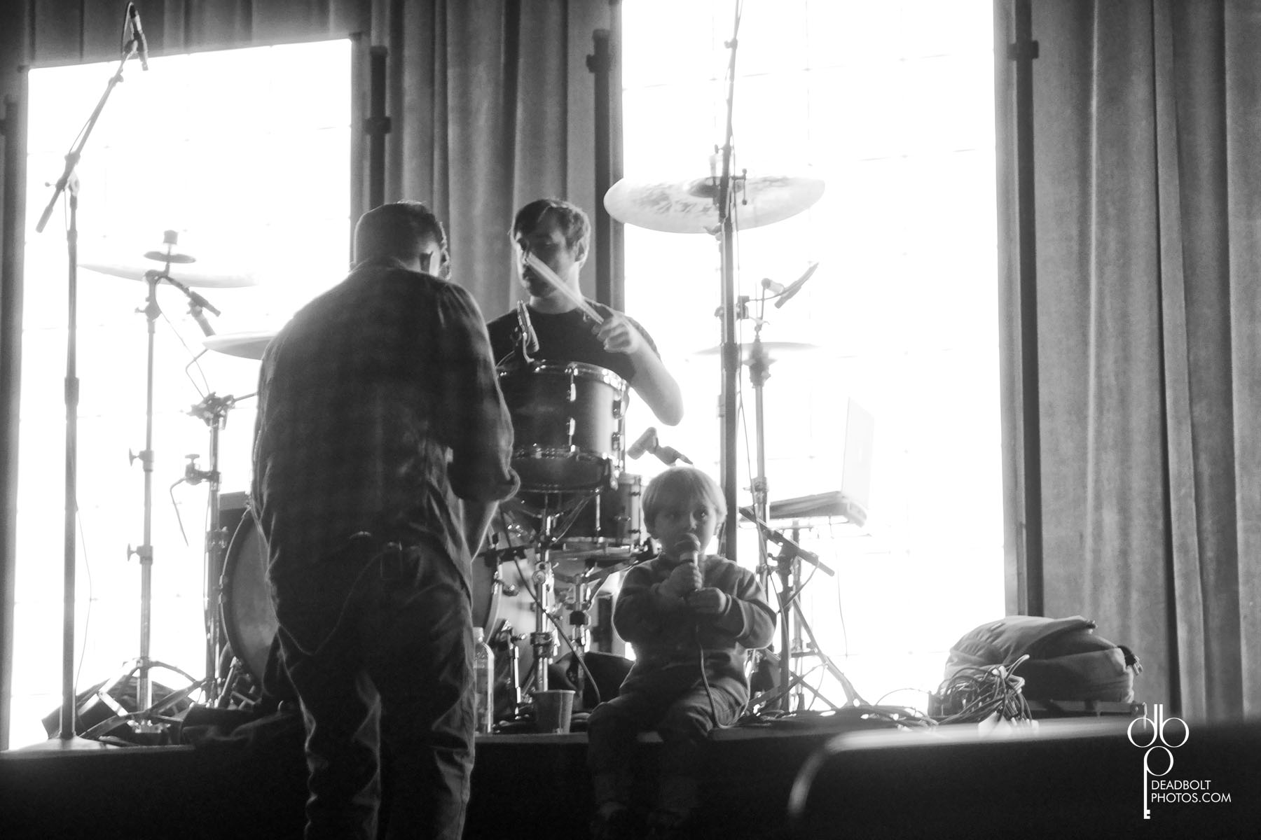 Soundcheck with Circa Survive and James