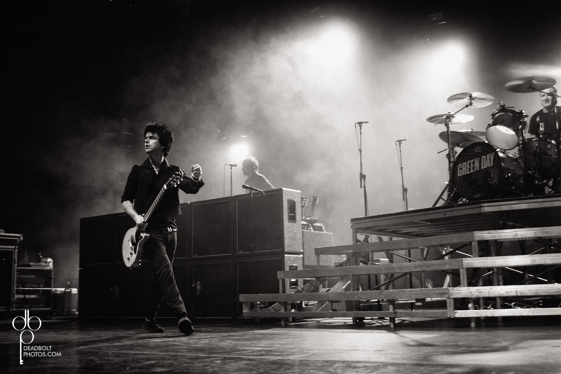 Billie Joe takes the stage