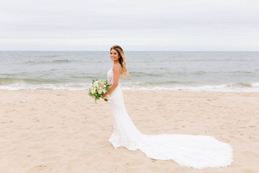 GURNEYS MONTAUK WEDDING_BETSI EWING_0015.JPG