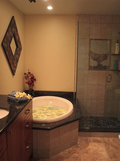 Bathroom with Plumerias.JPG